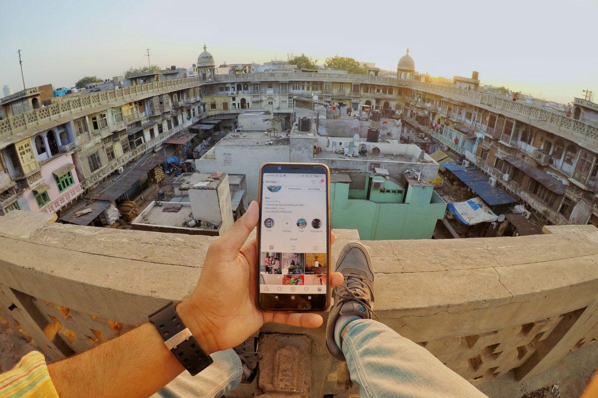 Aplikacje, które pomogą Ci podczas podróży – co ściągnąć przed wyjazdem?