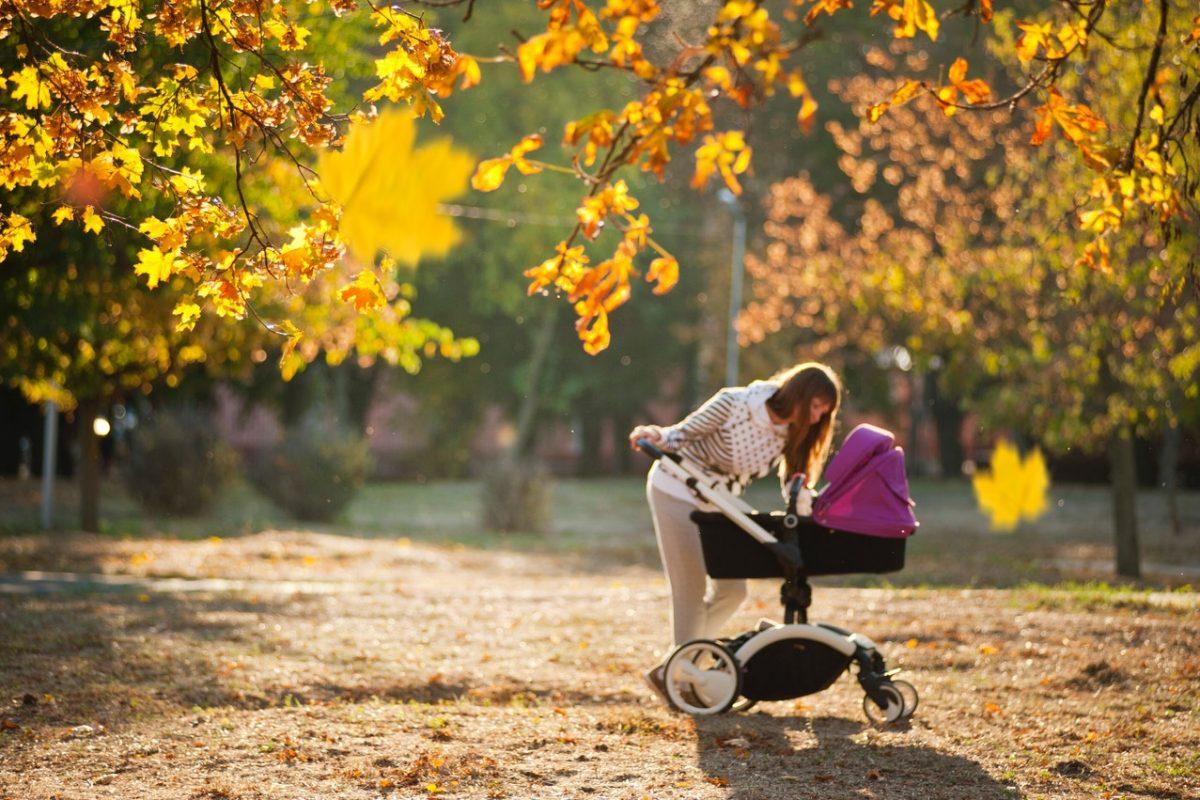Modne wózki dziecięce. Sprawdź, jakie modele wybierają gwiazdy!