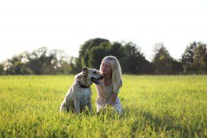 Gdy dziecko chce psa – na co zwrócić uwagę, wybierając domowe zwierzątko?