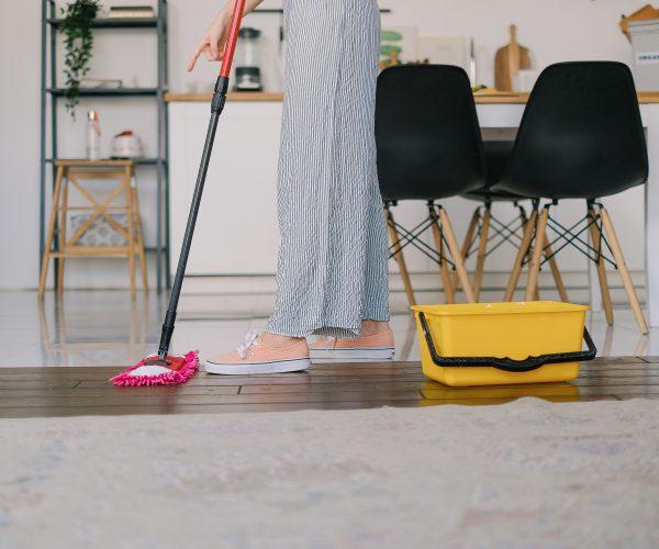 Co zrobić, aby sprzątanie było łatwiejsze? Oto kilka przydatnych trików
